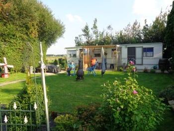 Vaste staanplaats op Camping De Lage Werf-Goeree-Overflakkee-Zuid Holland.