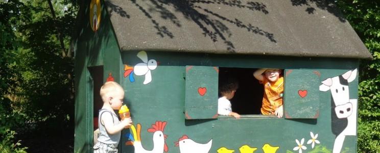 speelhuisje-voor-kinderen-camping-de-lage-werf